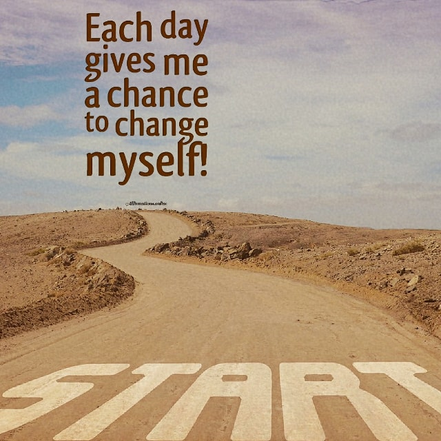 Positive affirmation from Affirmations.online - Each day gives me a chance to change myself!